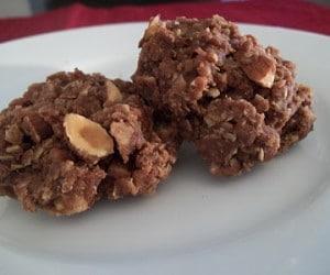 almond no bake cookies 2