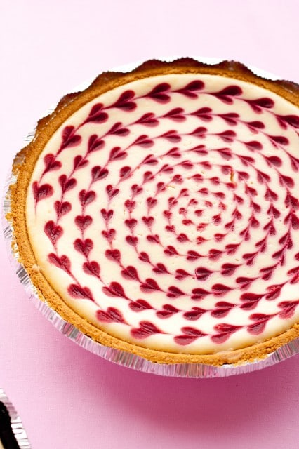 How cute is this cheesecake!? Not only is this a great aesthetic twist to the normal cheesecake, but the white chocolate raspberry cheesecake flavor also makes it far from basic. Click here for the recipe. - www.theballeronabudget.com