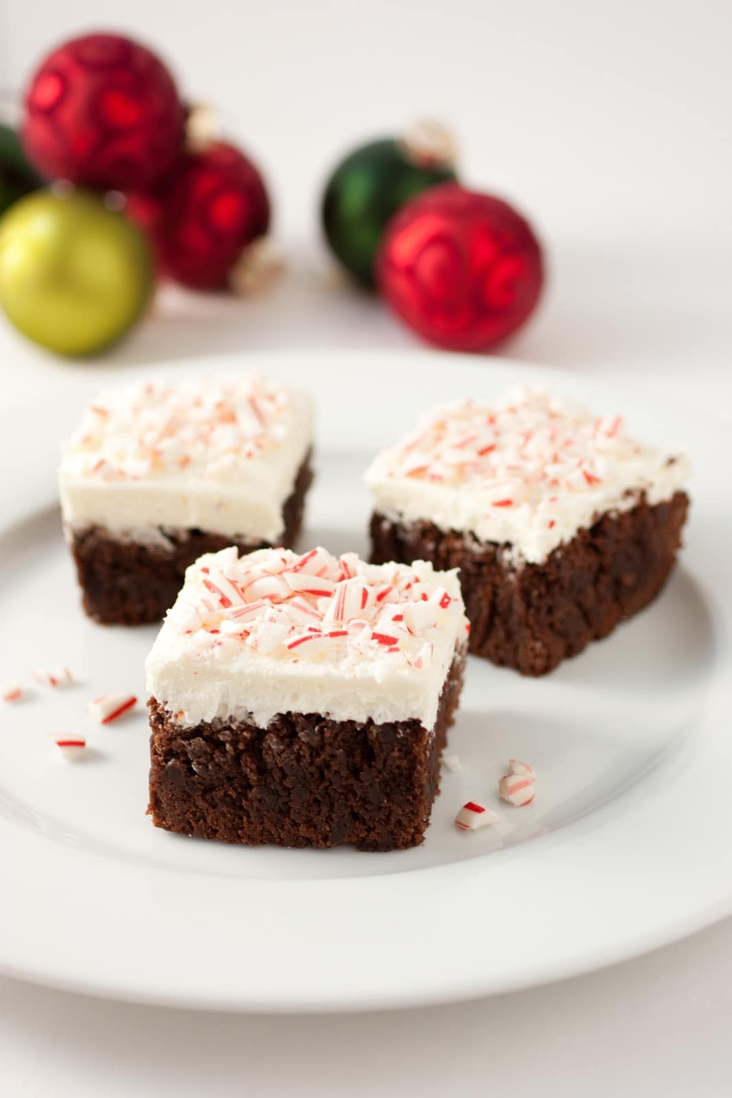 Peppermint Brownies with Fluffy Peppermint Buttercream - Cooking ...