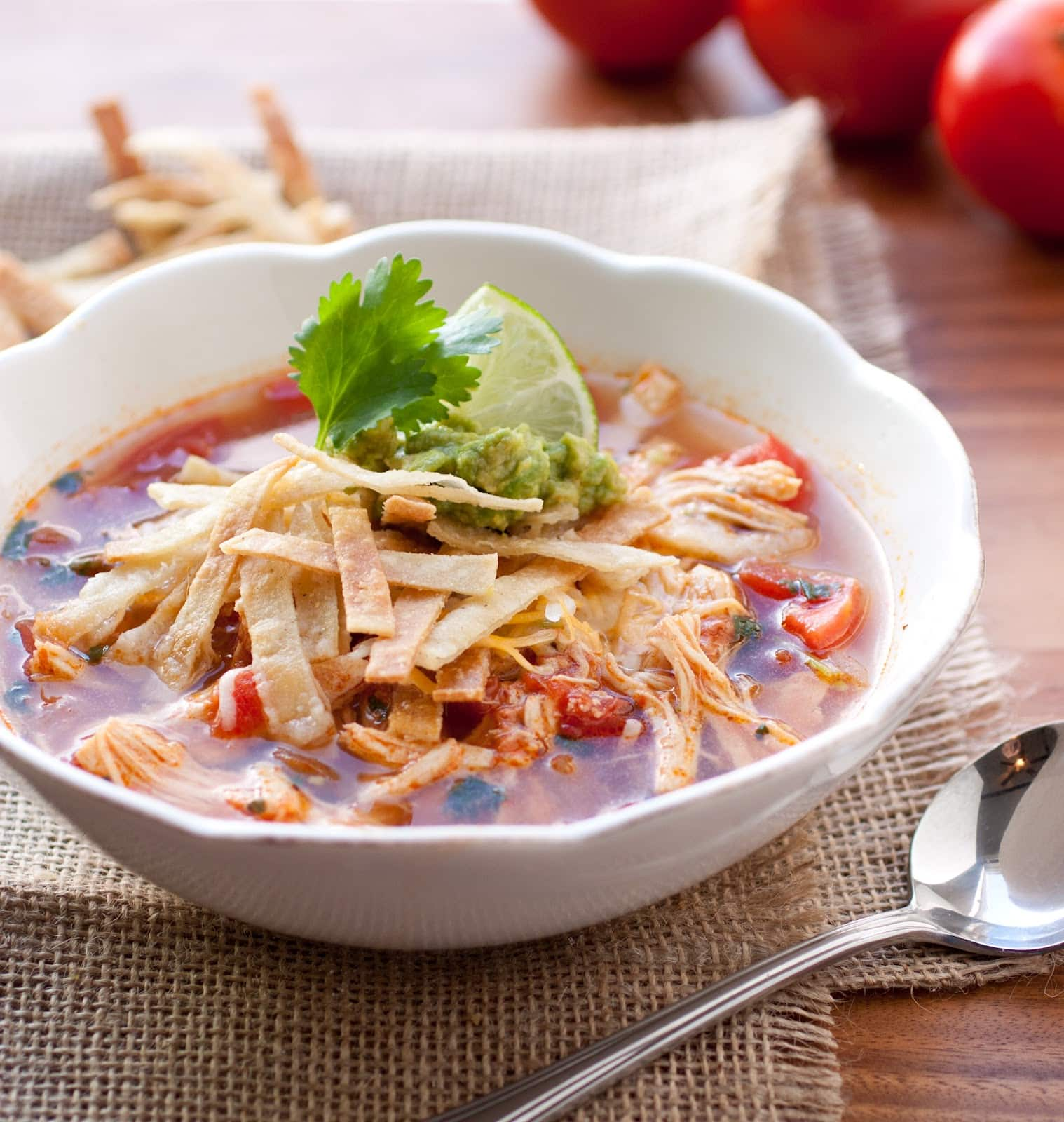 ... Source : http://debbienet.com/chicken-tortilla-soup-slow-cooker