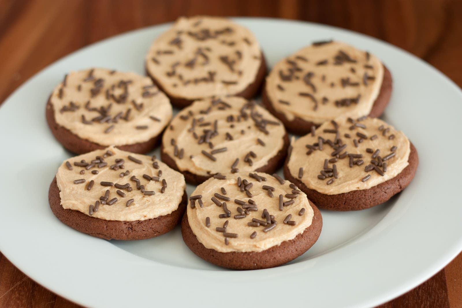 Chocolate Sugar Cookies with Peanut Butter Frosting (taste like Reese ...