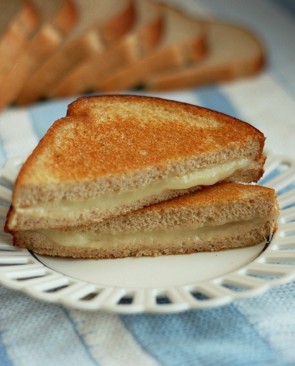 healthy+grilled+cheese+2.jpg#grilled%20cheese%20599x743
