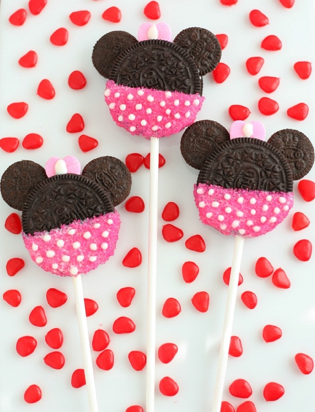 Pink Minnie Mouse Cake Pops