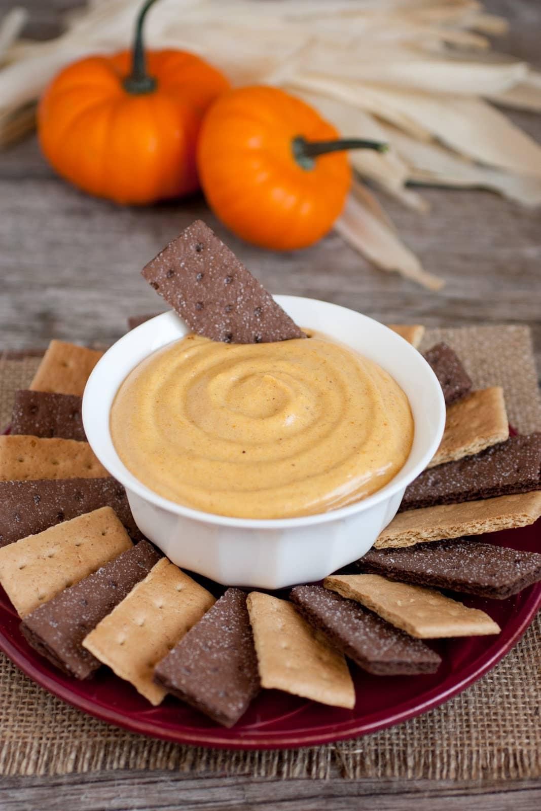 Pumpkin Pie Dip (A 5 Minute Recipe)