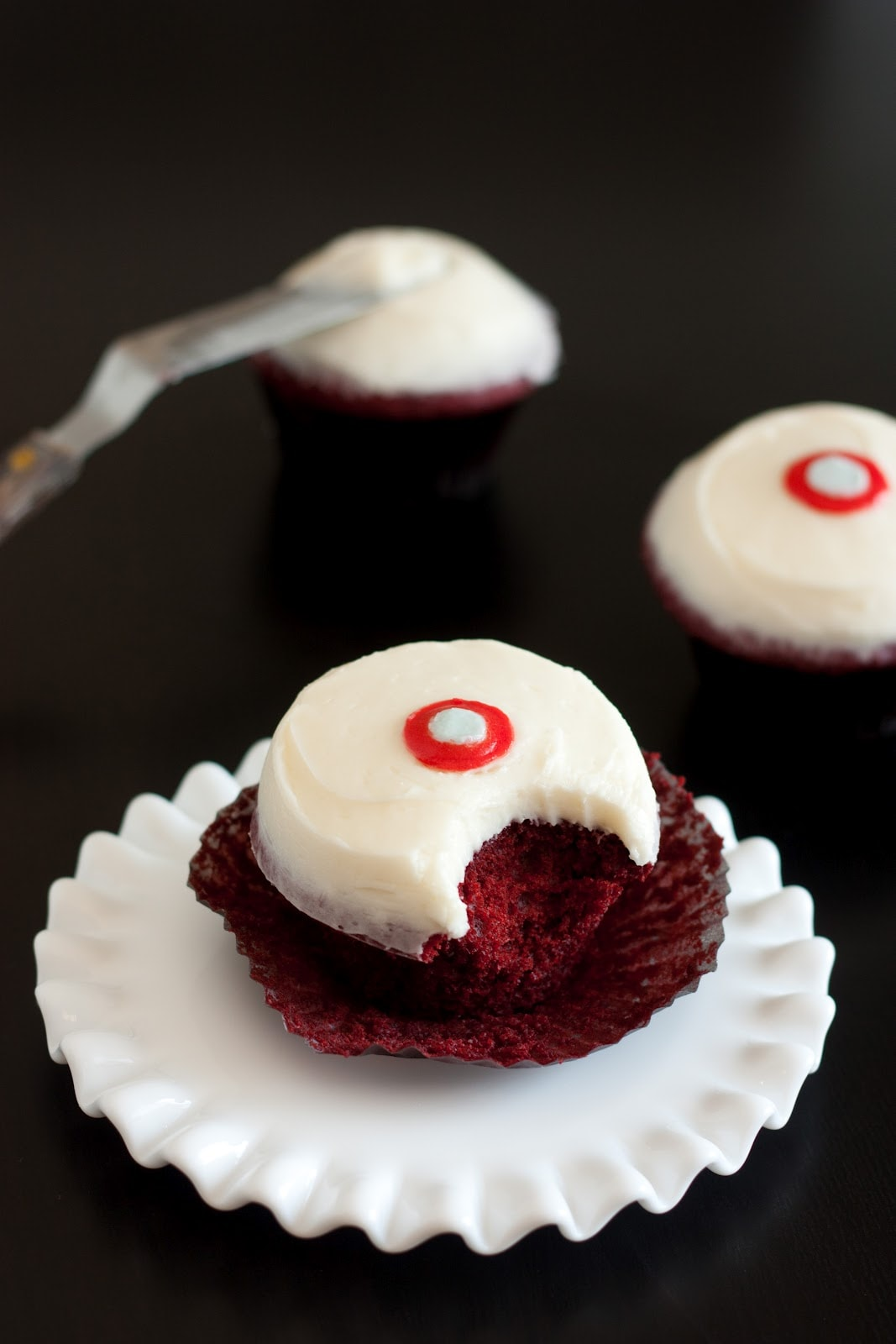 Sprinkles Red Velvet Cupcakes with Cream Cheese Frosting Copycat ...