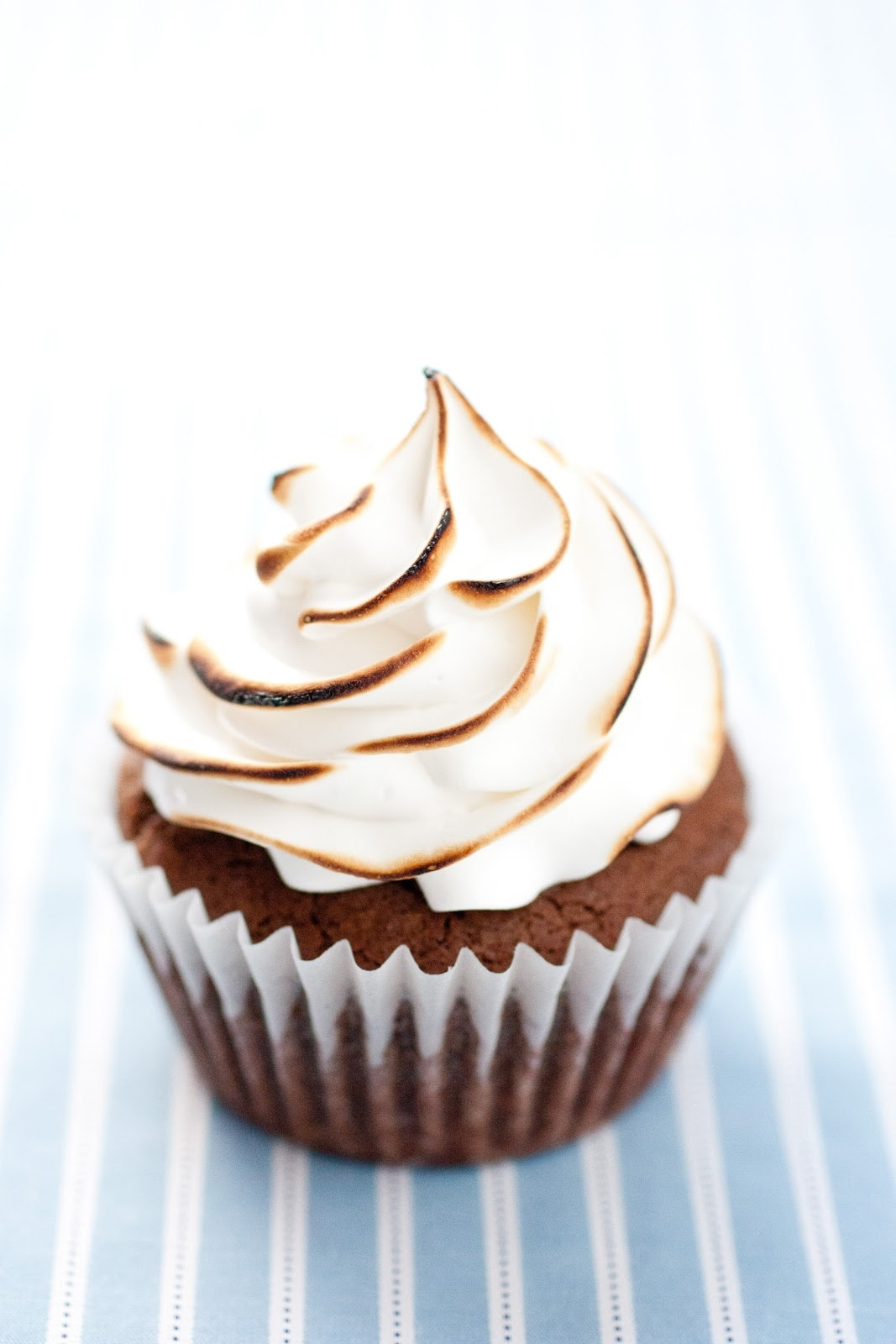 marshmallow frosting greek yogurt frosting a healthy frosting homemade ...