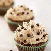 chocolate+chip+cookie+dough+cupcakes2