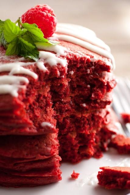 red+velvet+pancakes