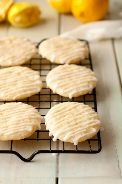 glazed lemon cookies4