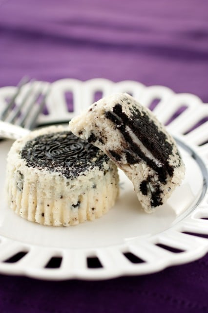 Cookies and Cream Cheesecake Cupcakes {aka Oreo Cheesecake Cupcakes}