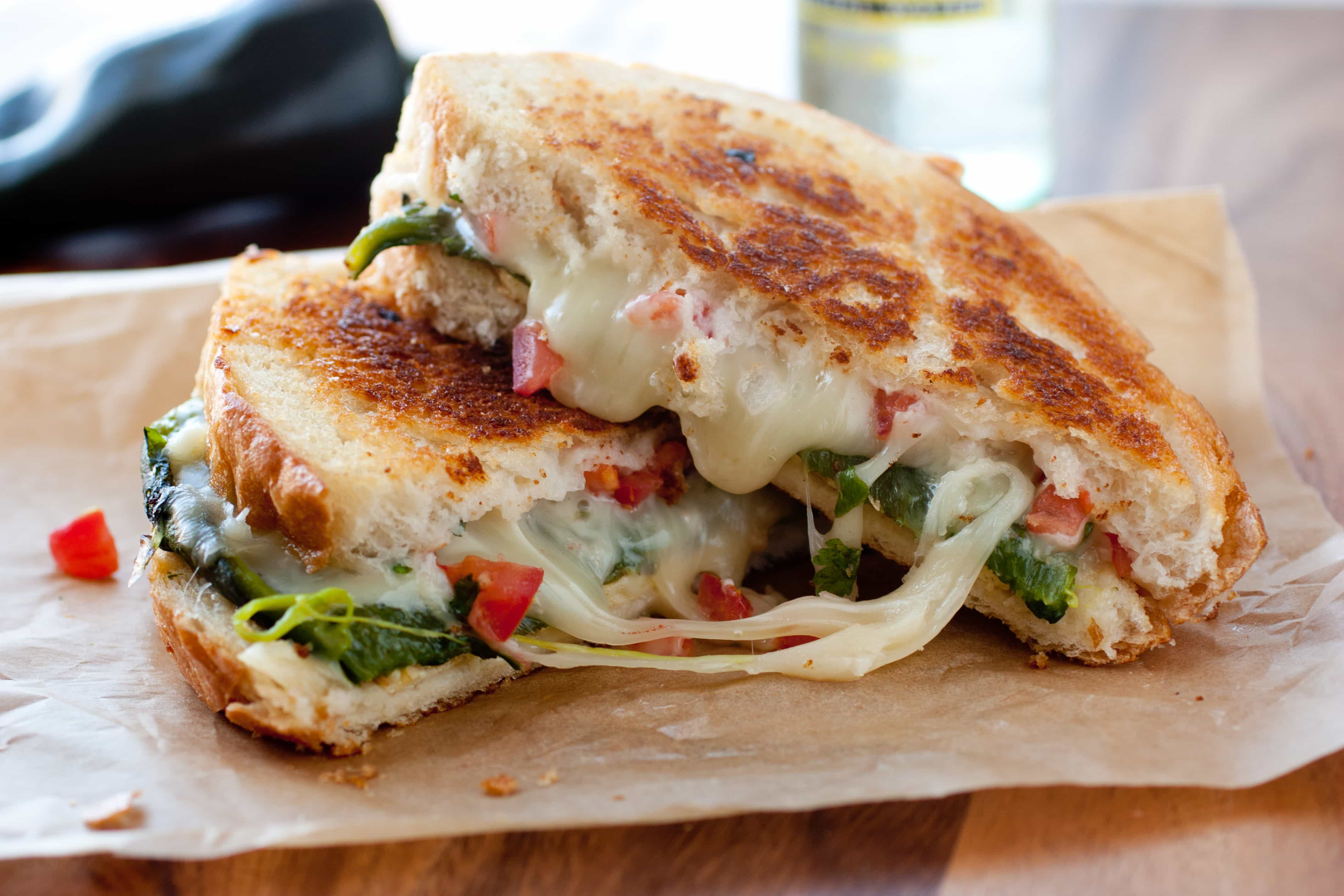 Chile Relleno Grilled Cheese Sandwich - Cooking Classy