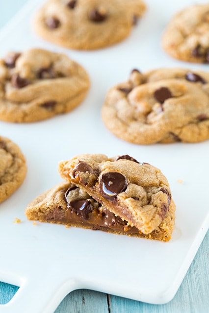 Browned Butter-Cinnamon Dulce De Leche Stuffed Chocolate Chip Cookies | Cooking Classy
