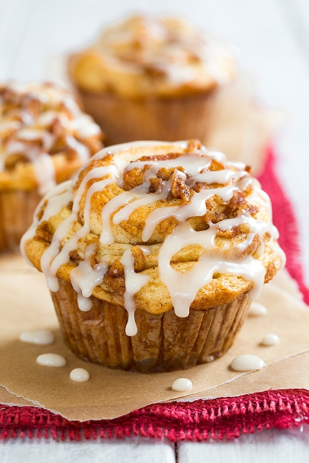 Apple Cinnamon Roll Muffins - Cooking Classy