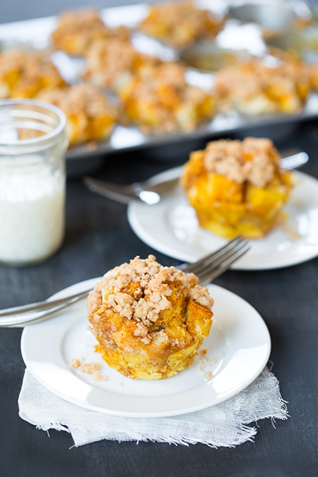Pumpkin French Toast Muffins with Cinnamon Steusel Topping   Cooking Classy