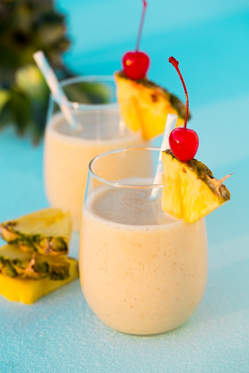 Pina Colada Oat Breakfast Smoothies
