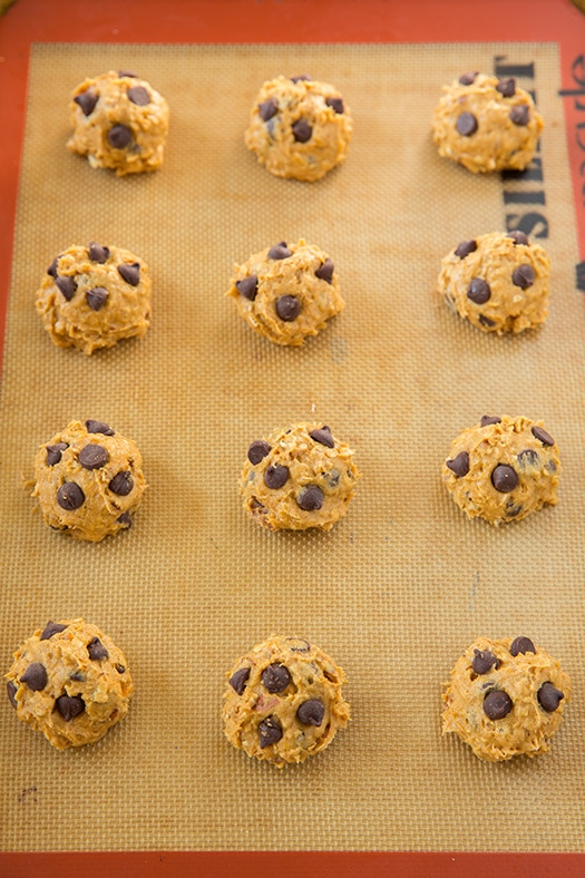 Pumpkin Oat Chocolate Chip Cookies | Cooking Classy