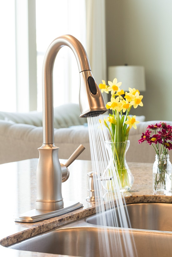 l moen manor handle faucet kitchen en rona