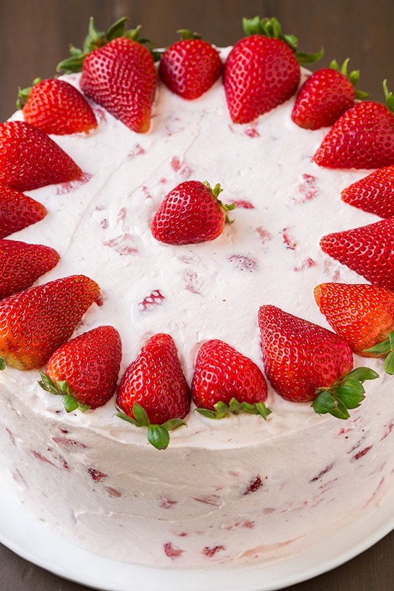 Image of a whole strawberry cake.