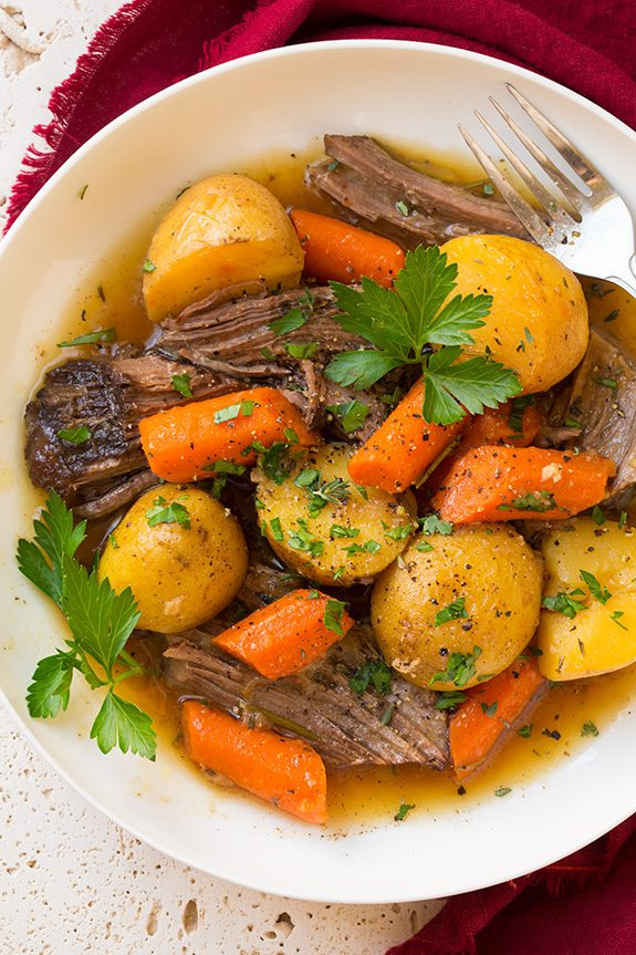 how to cook a pot roast easily with potatoes and carrots