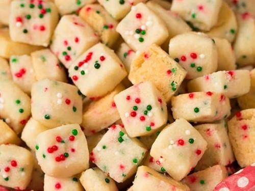 Shortbread Cookies Christmas.Funfetti Shortbread Bites