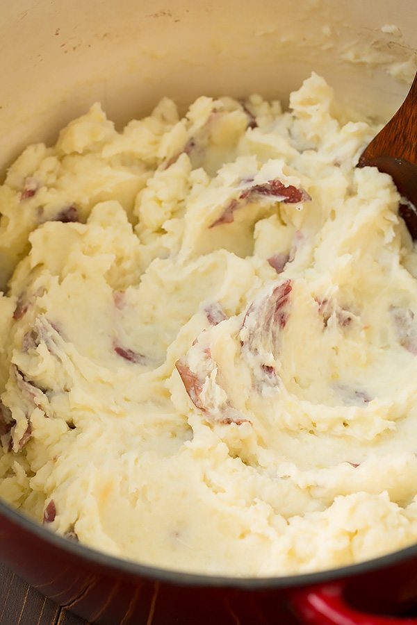 roasted-garlic-mashed-potatoes-6