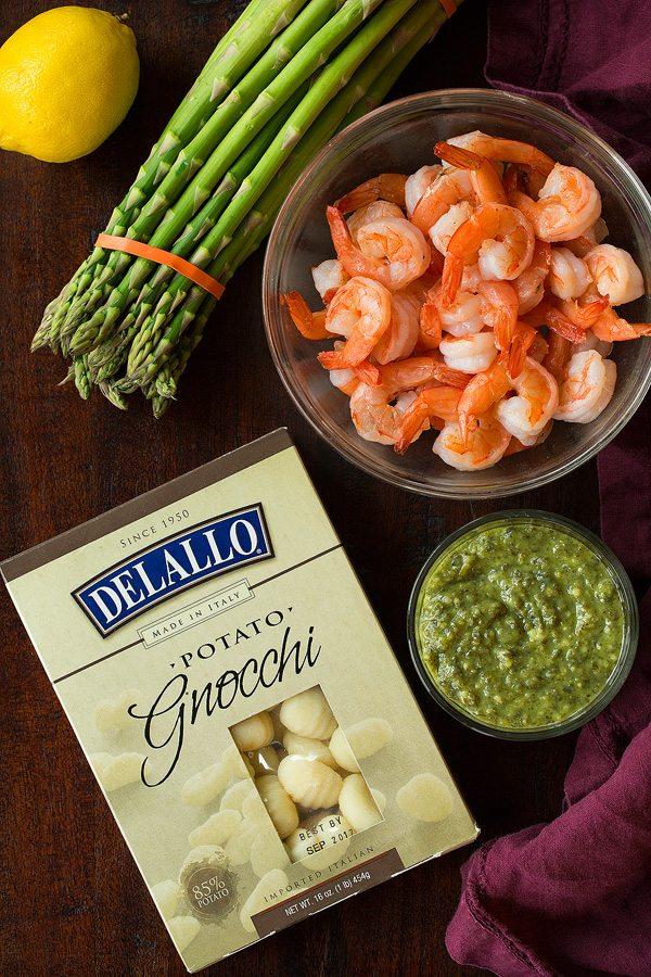 Easy Gnocchi Shrimp and Asapargus with Lemony Pesto