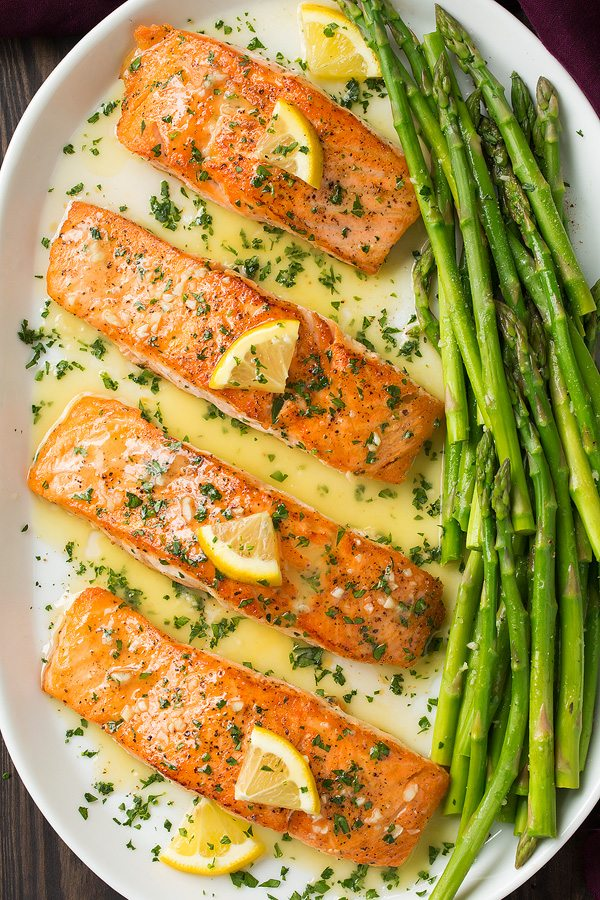 Skillet seared salmon with garlic lemon butter sauce for Lemon fish sauce recipe