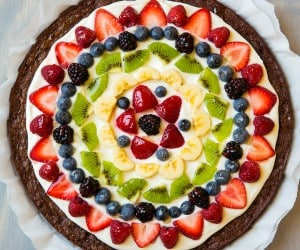 Brownie Fruit Pizza