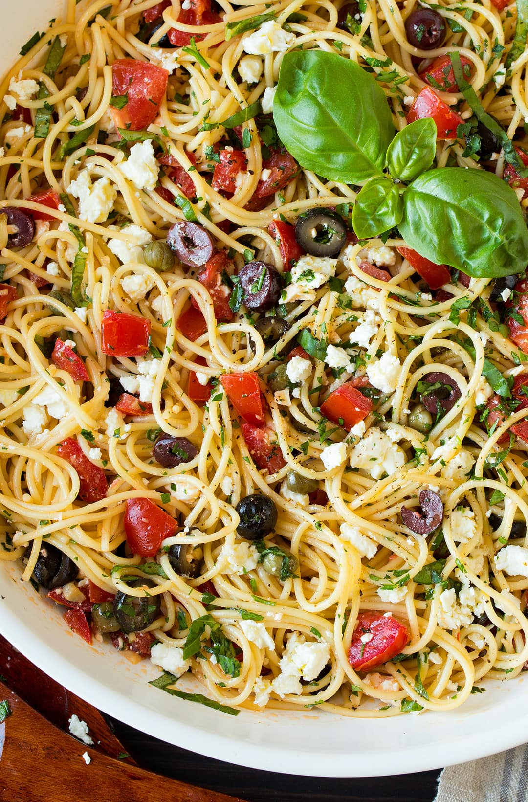 Garlicky Greek Spaghetti Toss