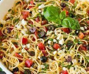 Garlicky Greek Spaghetti Toss