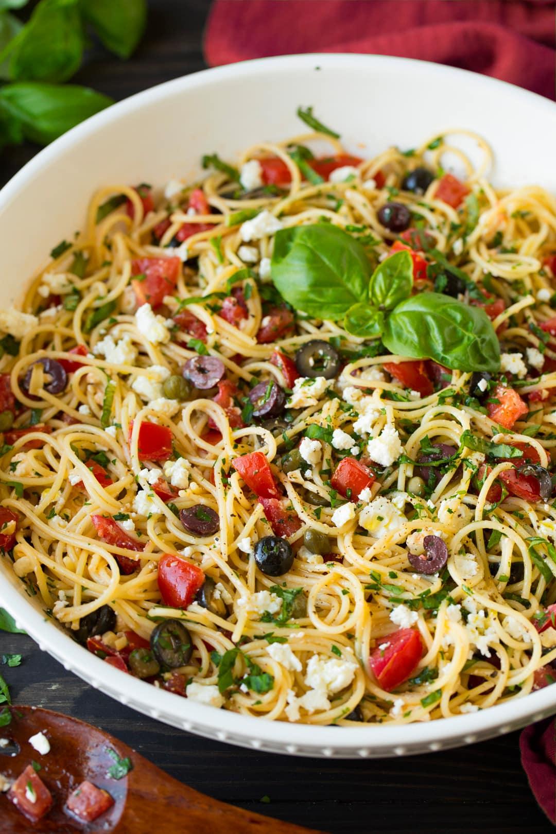 Garlicky Greek Spaghetti Toss Cooking Classy