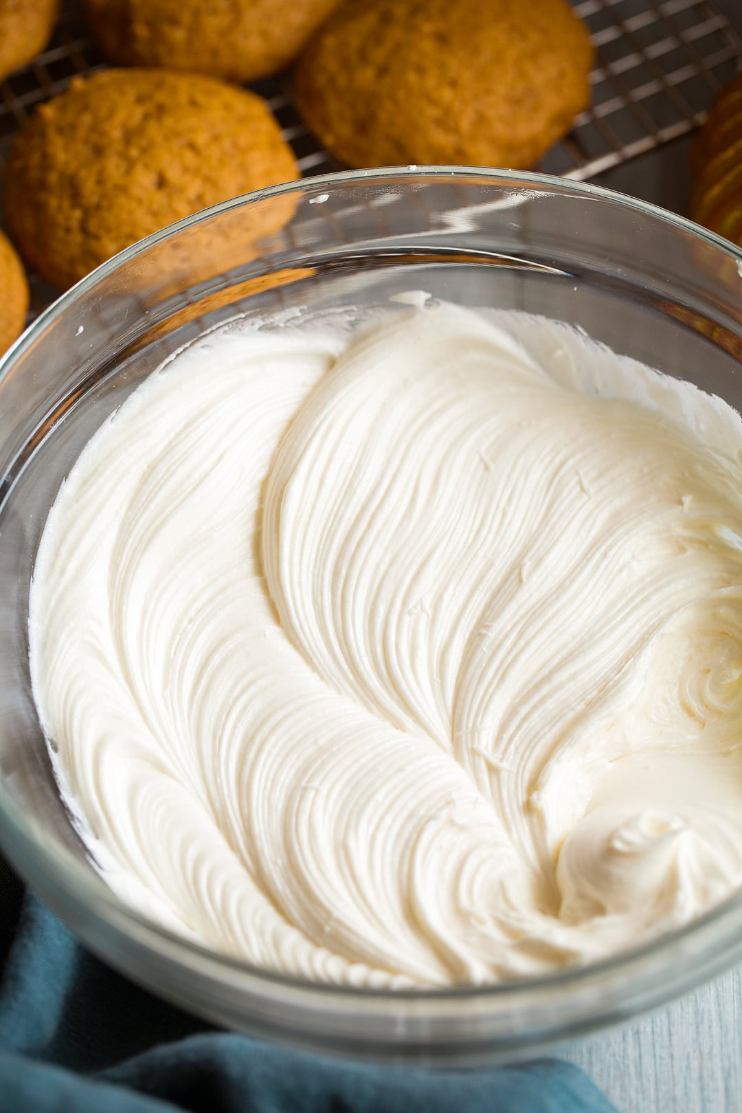 Cream cheese frosting for pumpkin cookies