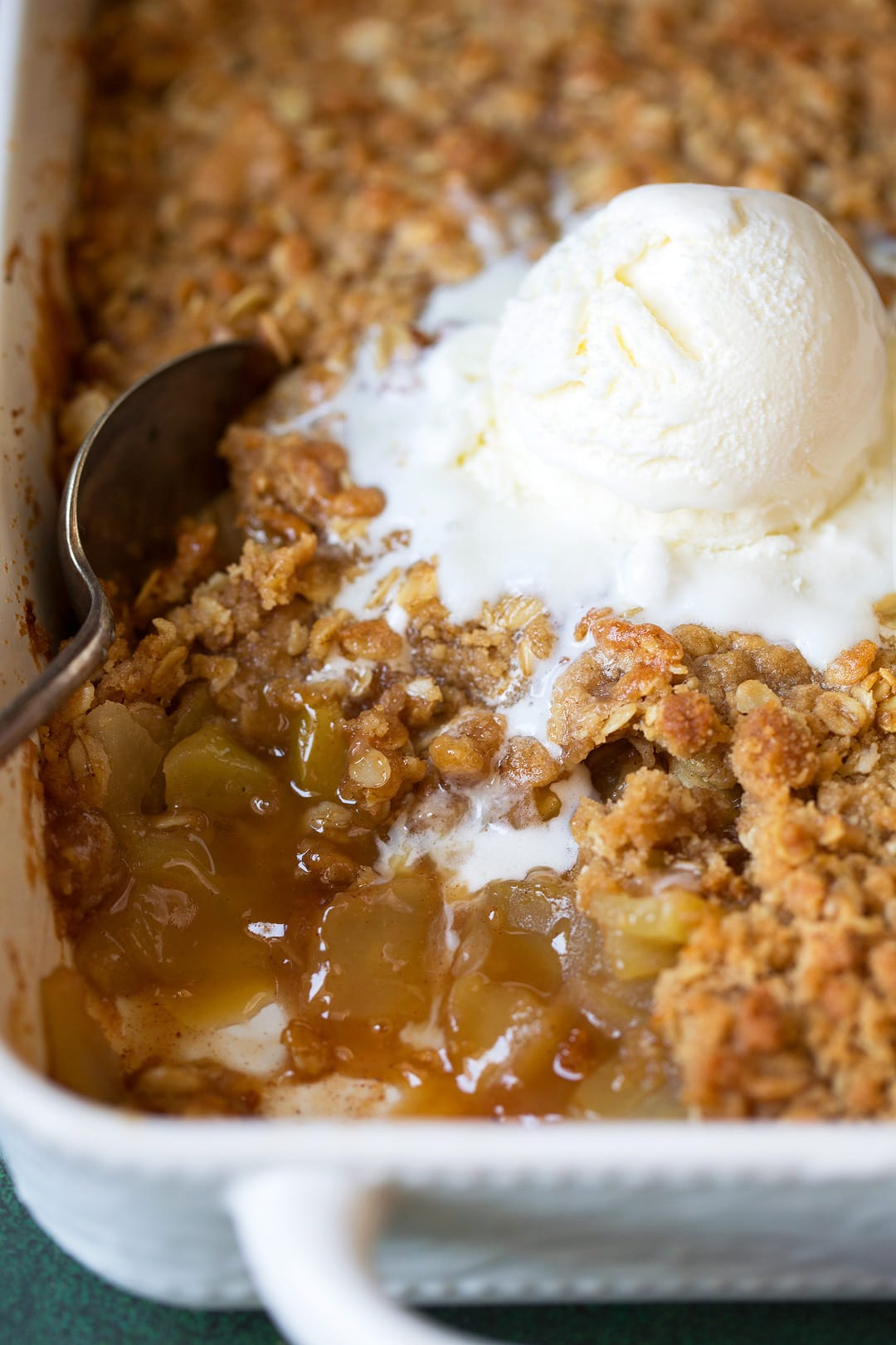 easy apple crisp recipe very best with video cooking. Black Bedroom Furniture Sets. Home Design Ideas