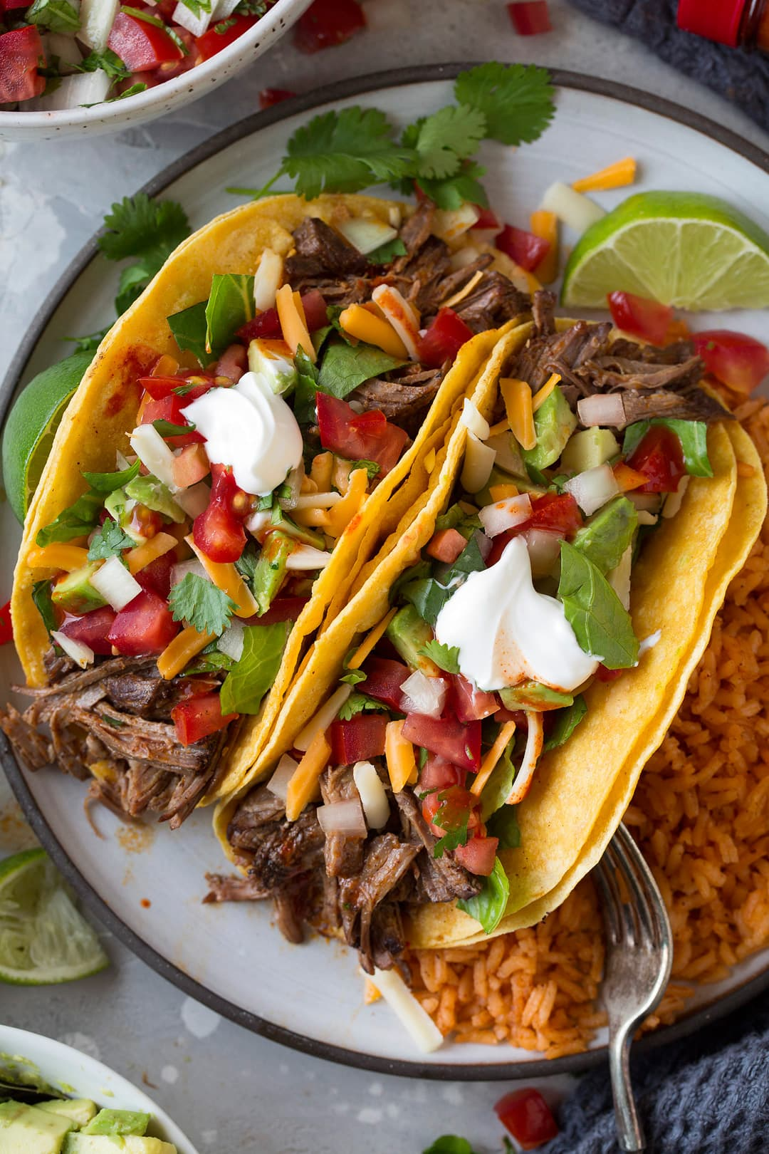 How to make beef tacos in slow cooker