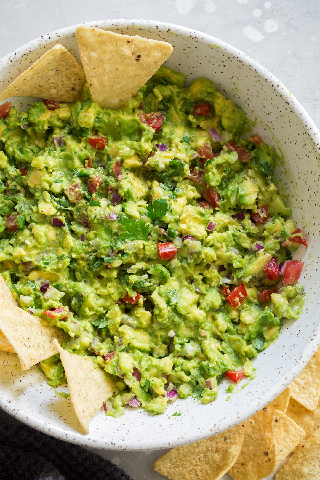 easy homemade guacamole recipe in a serving bowl