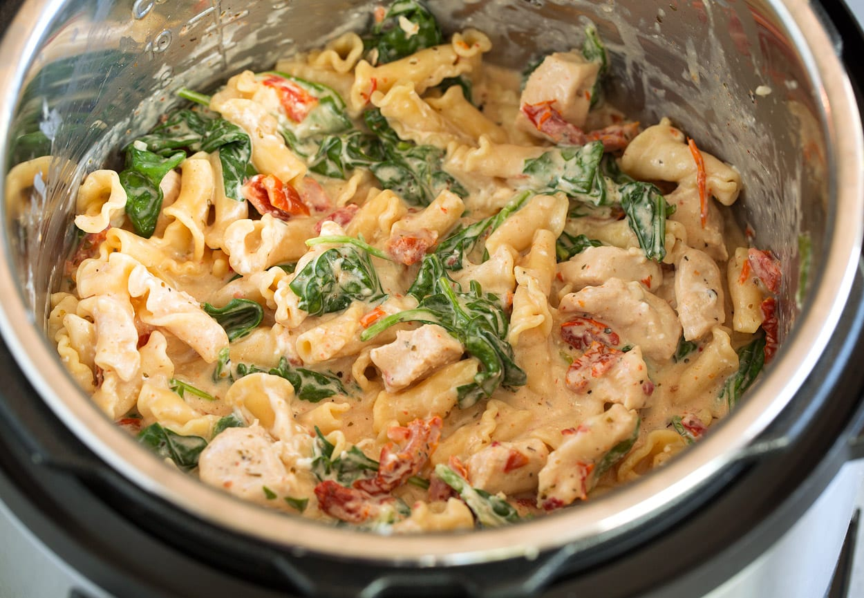 Finished Instant Pot Tuscan Chicken Pasta