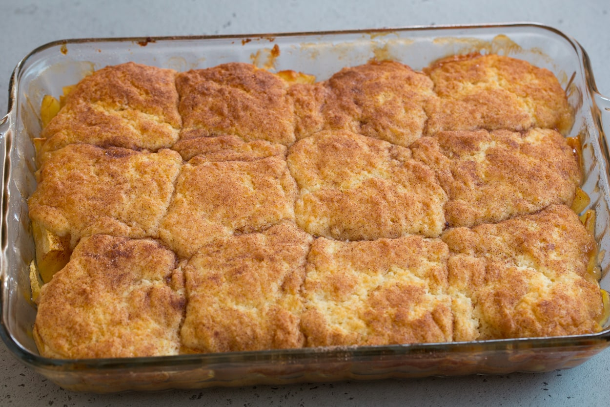https://www.cookingclassy.com/wp-content/uploads/2018/09/apple-cobbler-11.jpg