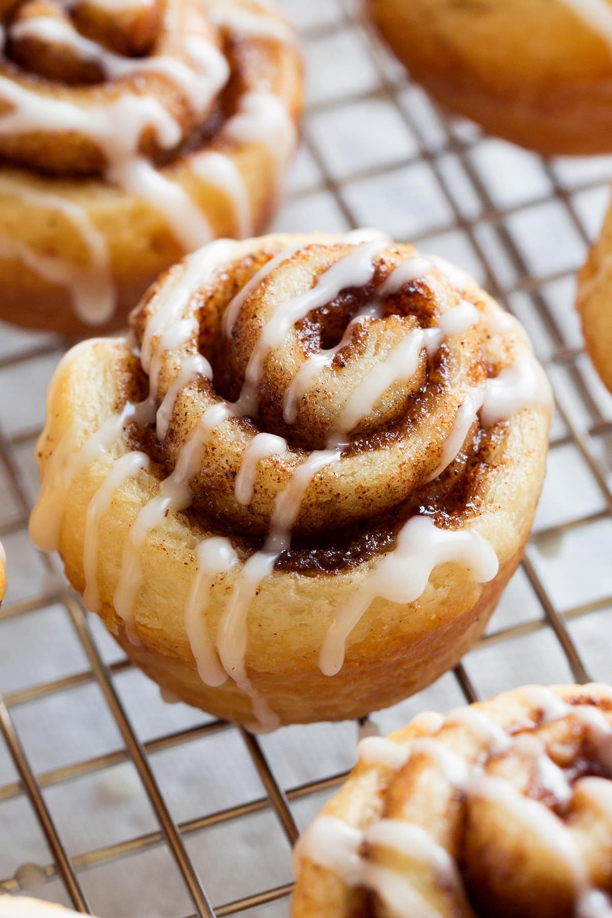 Image of mini cinnamon roll shown close up.