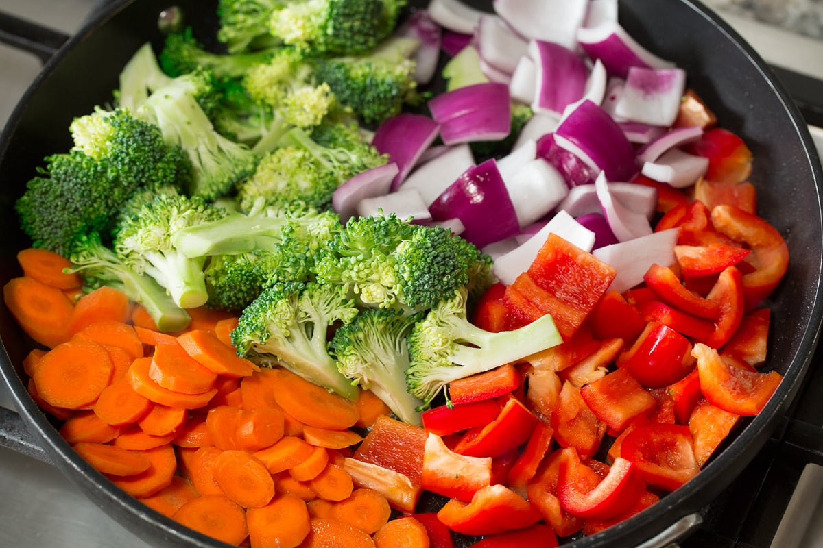 Photo: Showing how to saute crisp vegetables on the stove.