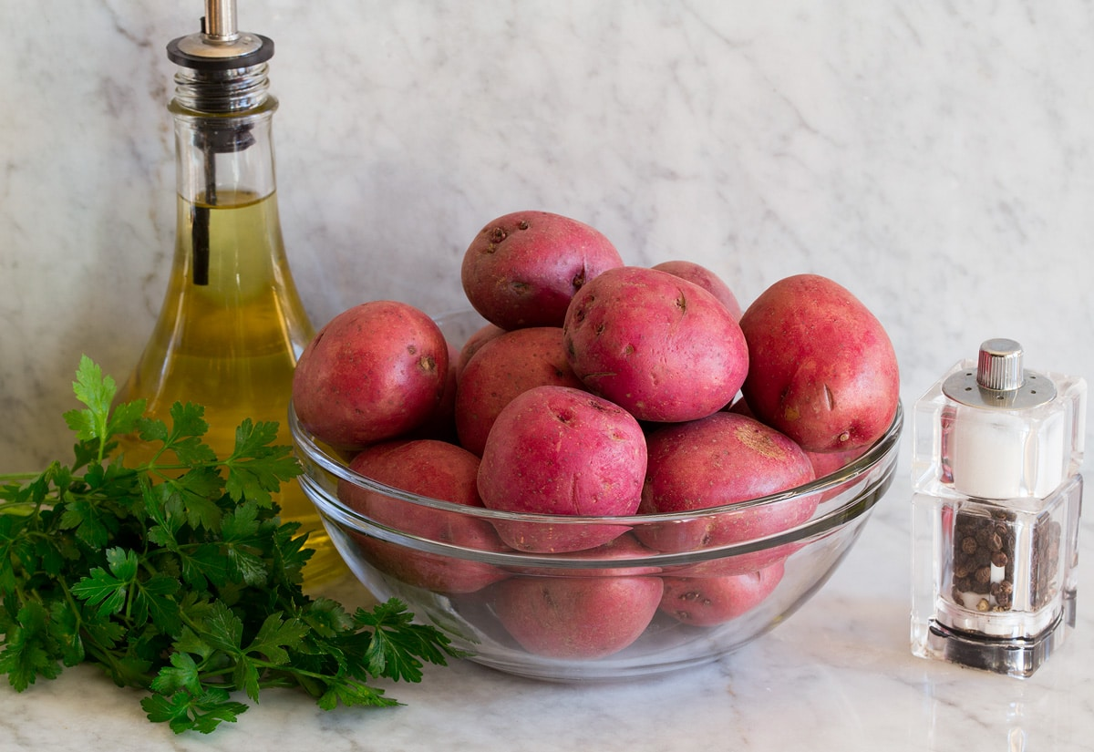 Photo of ingredients used to make smashed red potatoes.